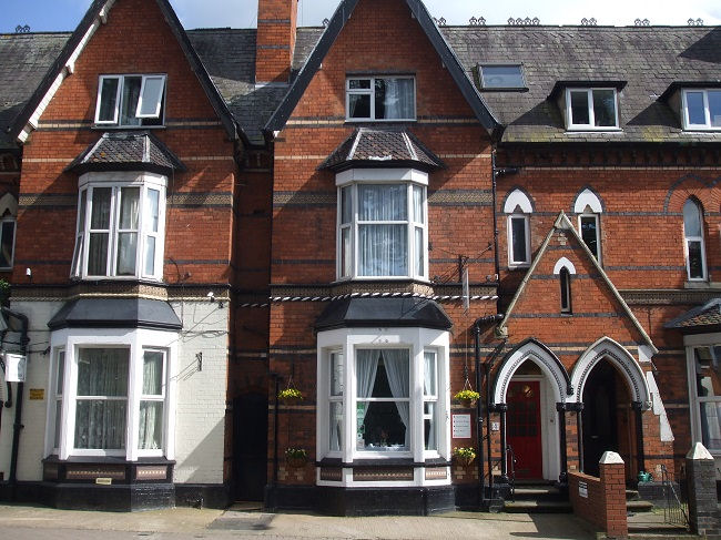 Hurdley and Co: Commercial Property Agents and Business